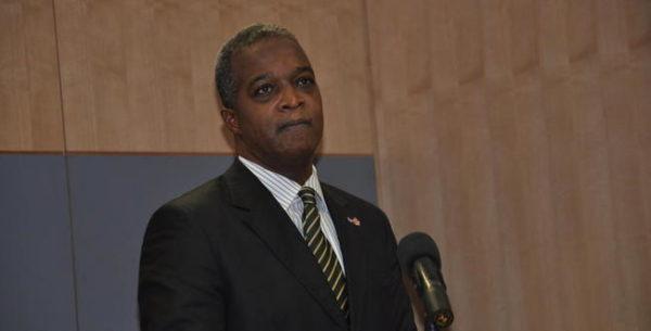 Expresidente del Banco Central: Medidas anunciadas no son la solución