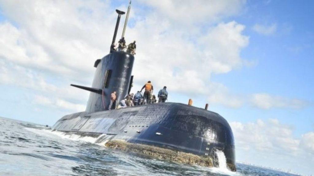 Submarino Argentino tiene 27 días desaparecido