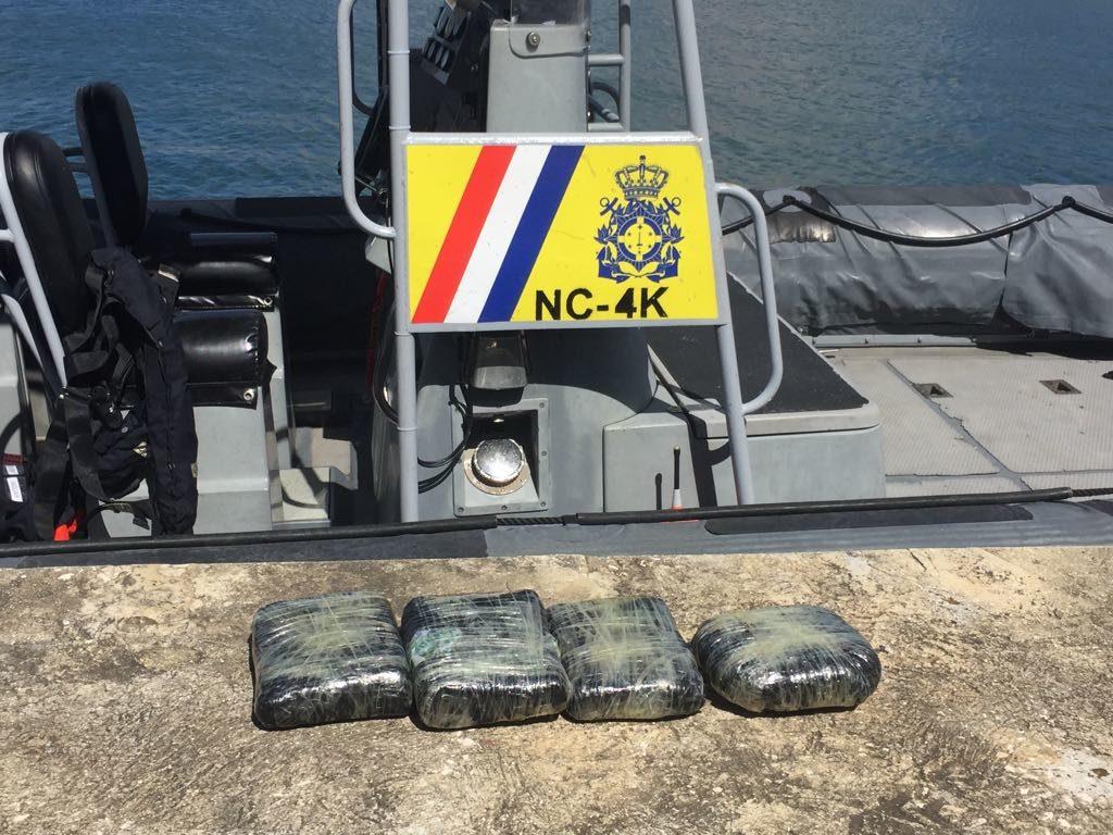 30 indocumentados detenidos en aguas de Curazao