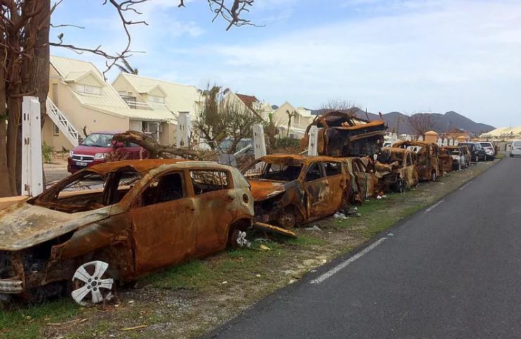 Después de Irma: Continua la remoción de vehículos en el lado Francés de San Martín