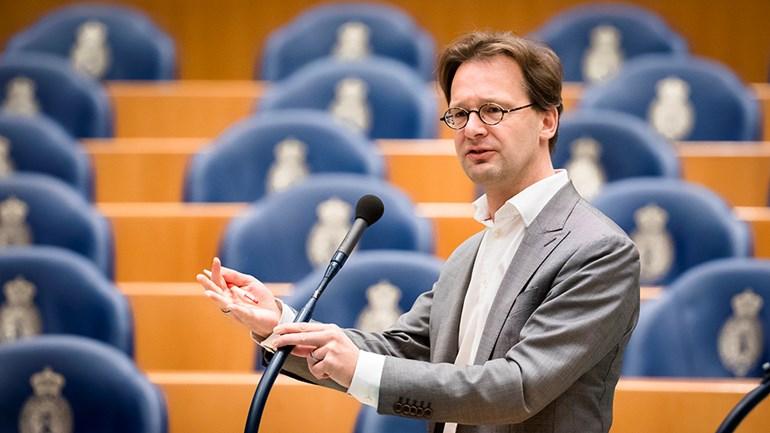 Parlamentario holandés busca respuestas ante el contrabando de oro