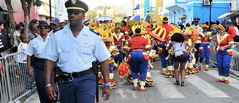 Cuerpos de seguridad bastante activos en marcha de carnaval