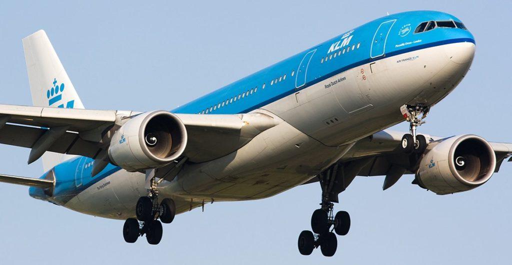 Demandan a KLM por discriminación