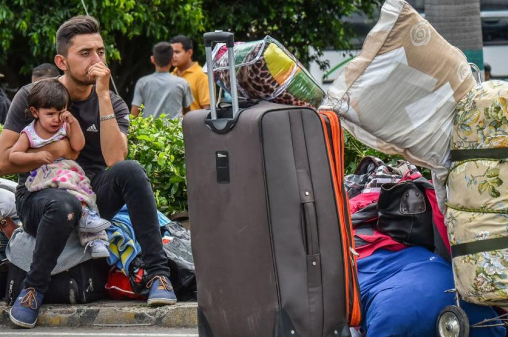 ACNUR pide a países acoger a venezolanos y otorgarles la protección debida