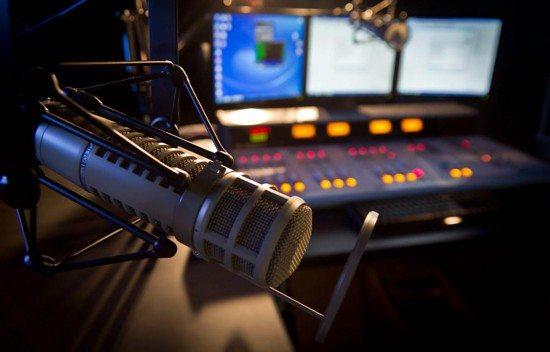 Emisoras de radio tendrán que pagar derechos de autor por la música que tocan