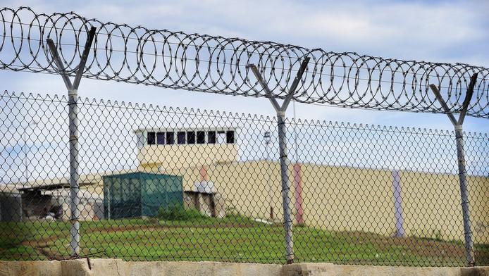 Indocumentados detenidos siguen privados de asistencia jurídica