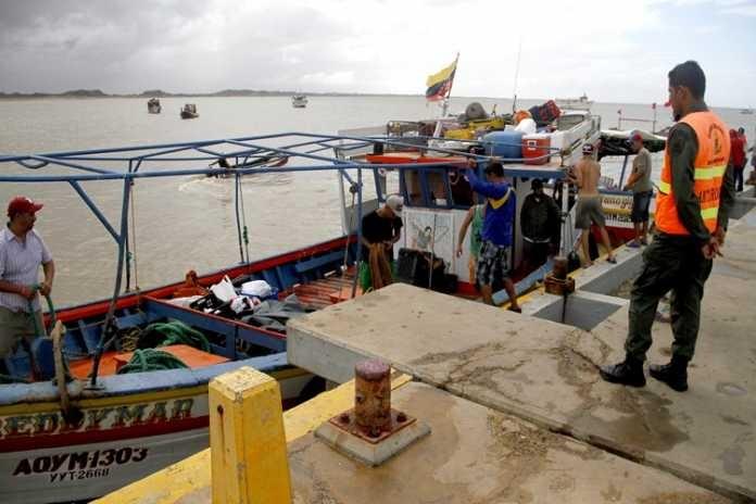 Ocho barcos fruteros parten hoy desde Venezuela rumbo a Curazao