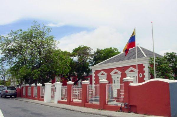 Votantes venezolanos ejercieron su derecho en Curazao