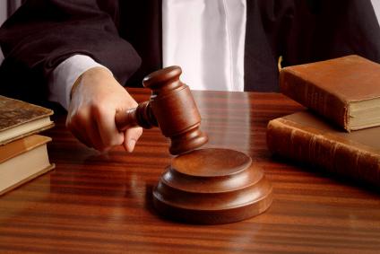 Hombre es llevado a corte por triple intento de asesinato