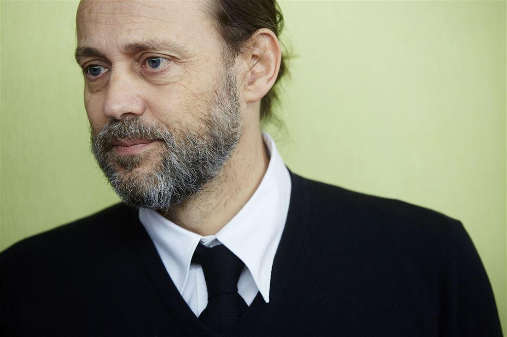 Colombianos repudian comentarios ofensivos de narrador holandés