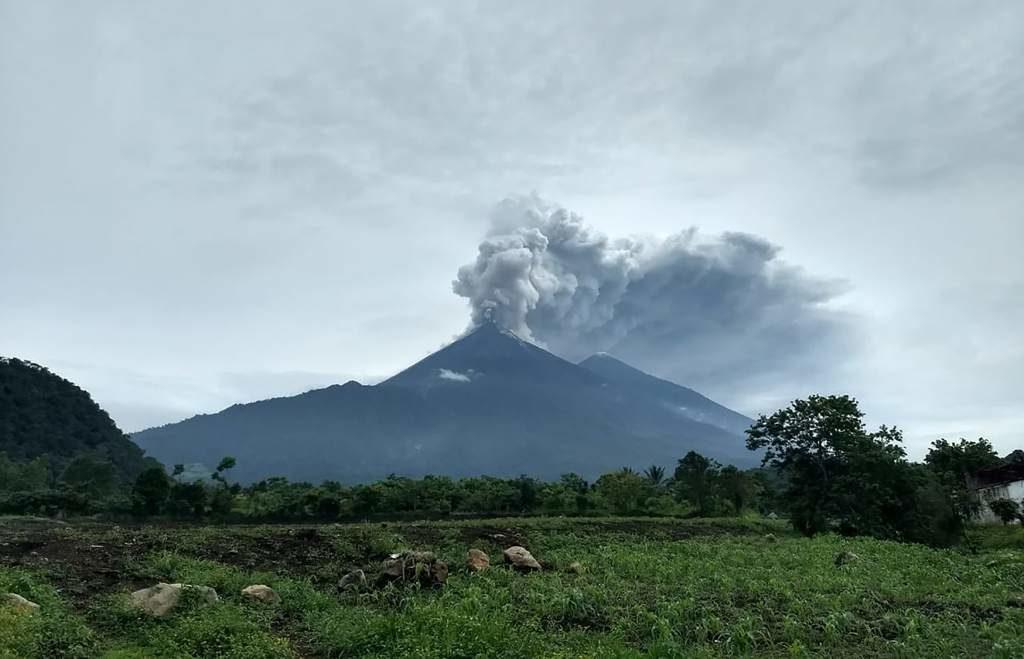 Guatemala recibe donativo de Holanda para afectados por el volcán de Fuego