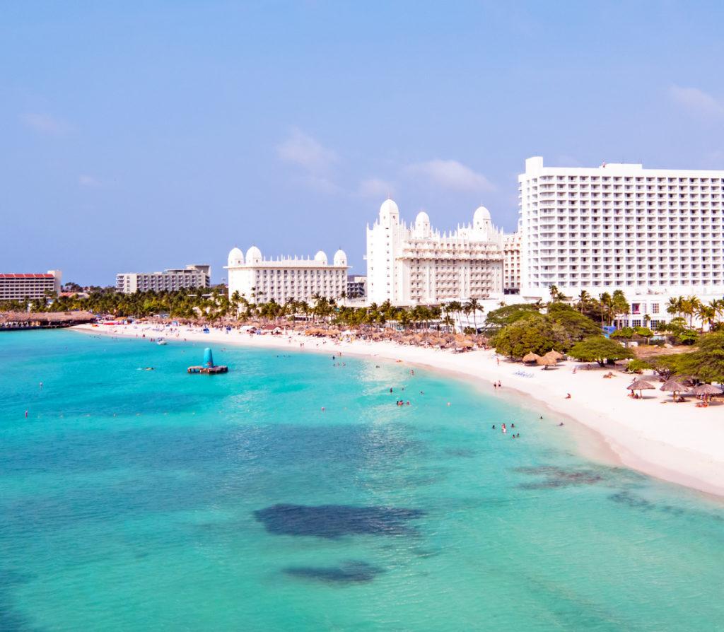 Discuten posible incorporación de vuelo directo Barquisimeto-Aruba