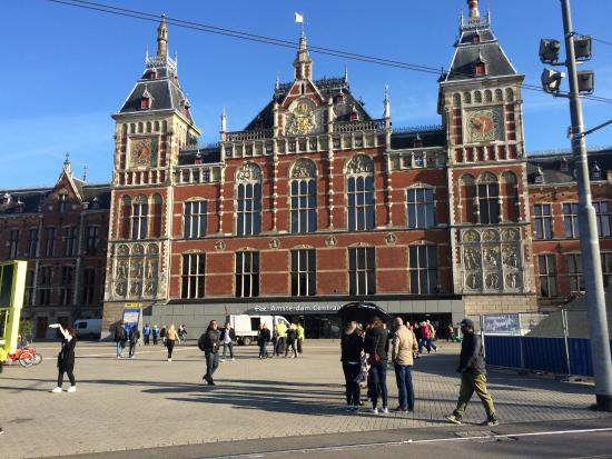 """Declaran """"totalmente insegura"""" a la ciudad de Ámsterdam"""