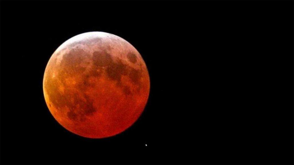 Vendrá el eclipse lunar más prolongado de este siglo