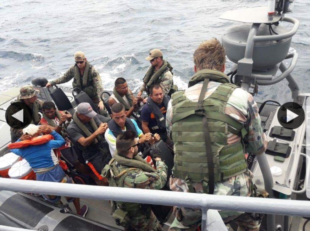 En Aruba detuvieron bote con seis personas que pretendían entrar ilegalmente a la Isla