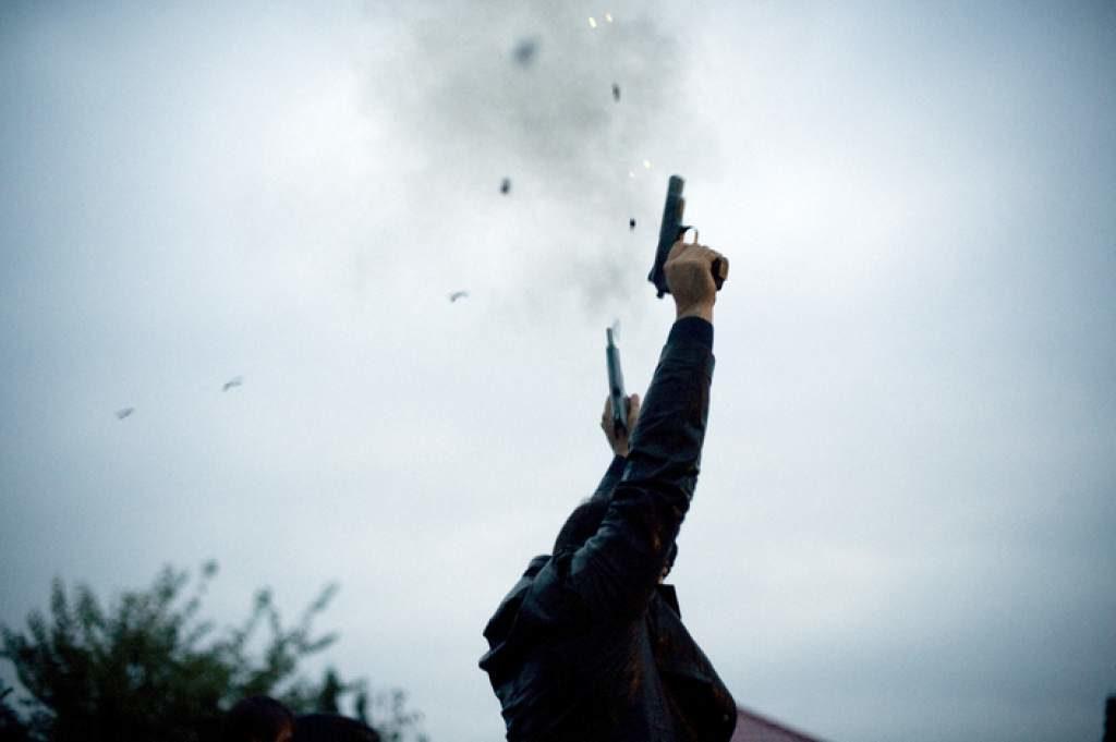 Periodistas y policias agredidos durante allanamiento en Koraal Specht