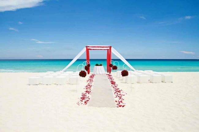 En Aruba realizan boda múltiple para concienzar sobre el romance