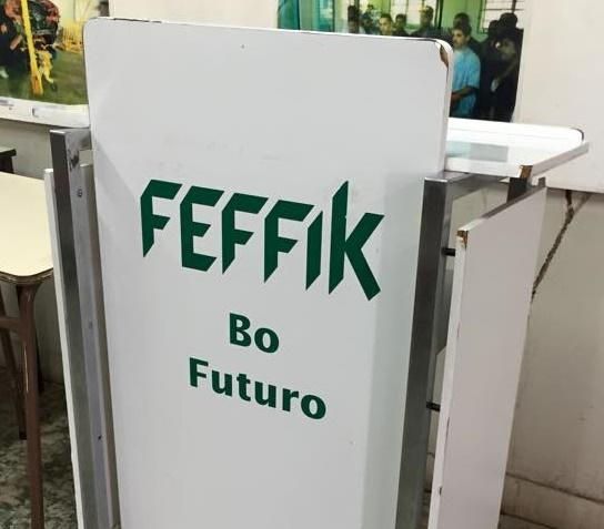 Estudiantes de Feffik protestaron nuevamente