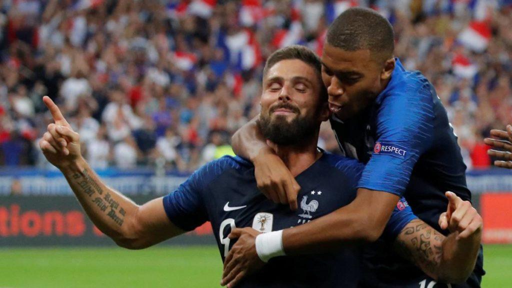 Francia se impuso ante Holanda 2 a 1