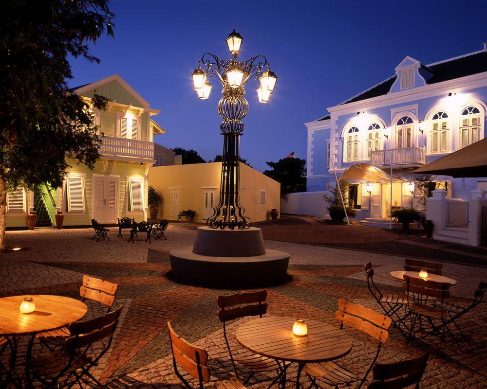 Ministro de Economía intercedió por el hotel Kura-Hulanda