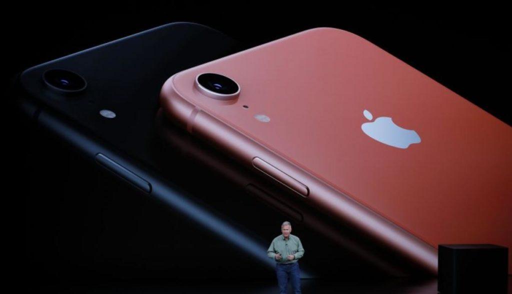 Apple presentó su iPhone más grande y relojes orientados a salud