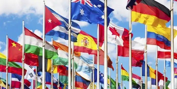 MFK propone otorgar derecho de voto a extranjeros con residencia permanente