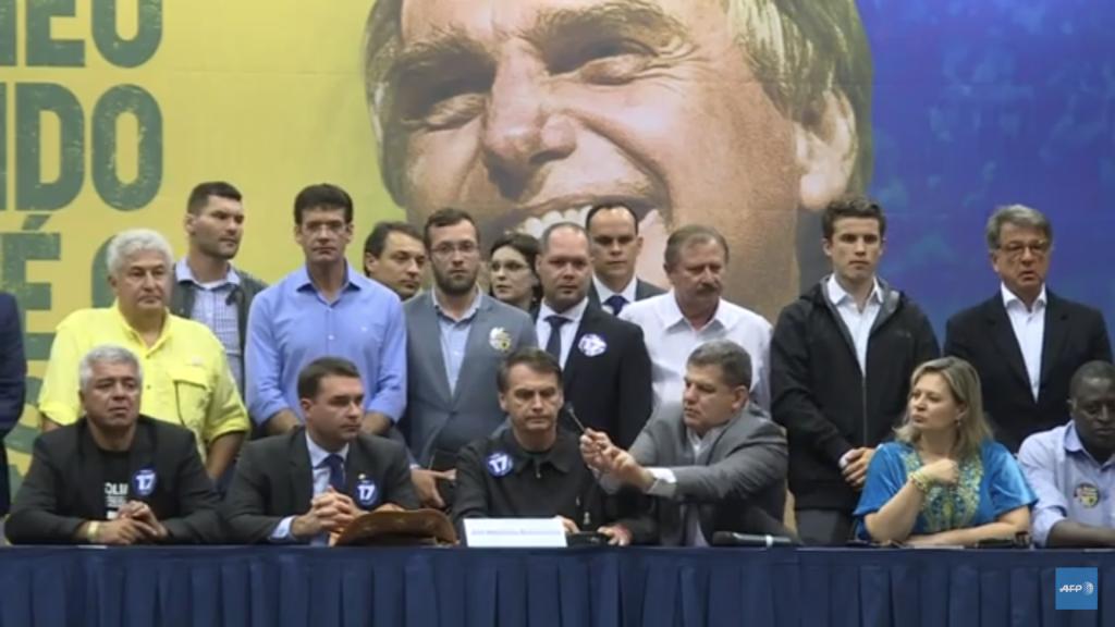Candidato a la presidencia de Brasil se declara admirador de Trump