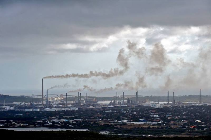 PDVSA presiona para rescatar a Curazao del cierre de la refinería