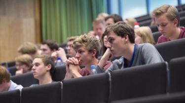 En Holanda temen perder su idioma porque las universidades no lo usan