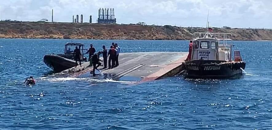 Recuperan cuerpo sin vida de buque siniestrado