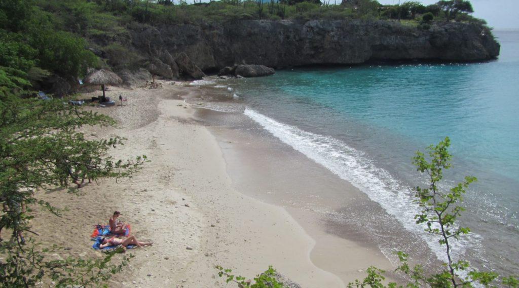 Fallece turista de 67 años en la playa Jeremi