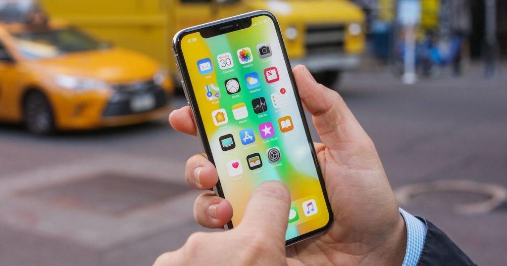 Caen ventas de Apple por economía China