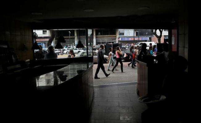 Venezuela sigue sin energía eléctrica