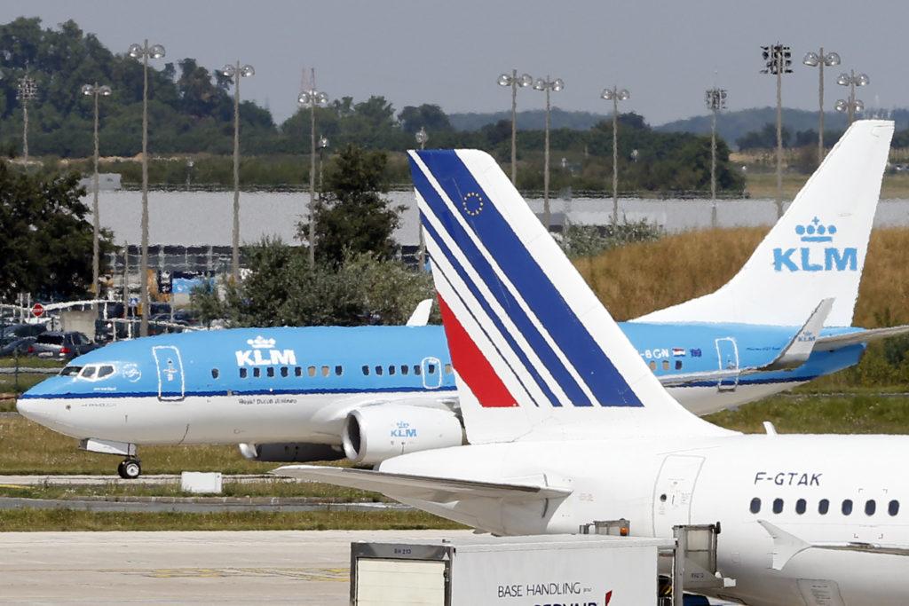 Francia y Holanda firman una tregua para revisar a fondo Air France-KLM