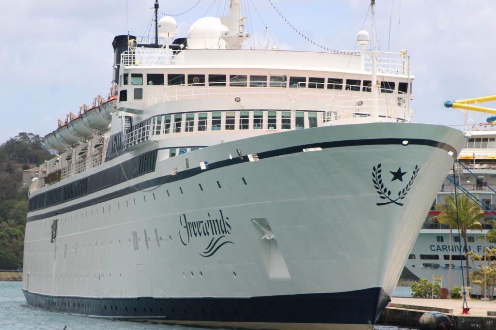 Ocupantes del Freewinds podrán bajar del barco
