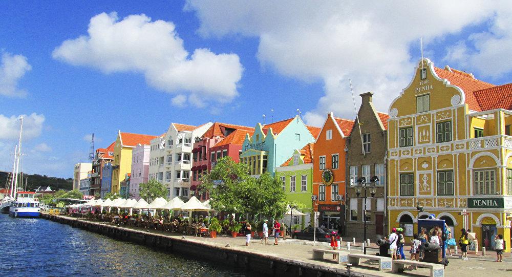Holanda reserva 23.8 millones de euros para Curazao y Aruba