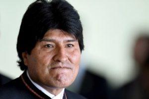 Evo Morales viajó a Cuba para consulta médica